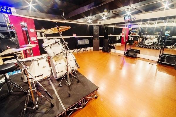 C1スタジオ